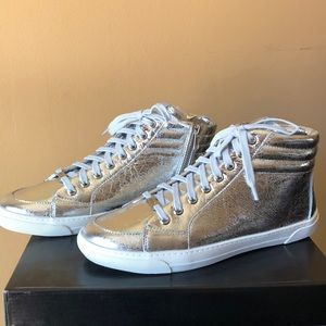 DKNY Anni Zip Sneaker Slip On High Top Silver